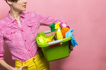 How to Start a Cleaning Business: A Guide in 8 Simple Steps