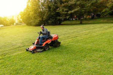 Best Lawn Care Tools List: 15 Essential Landscaping Tools for Your Crew