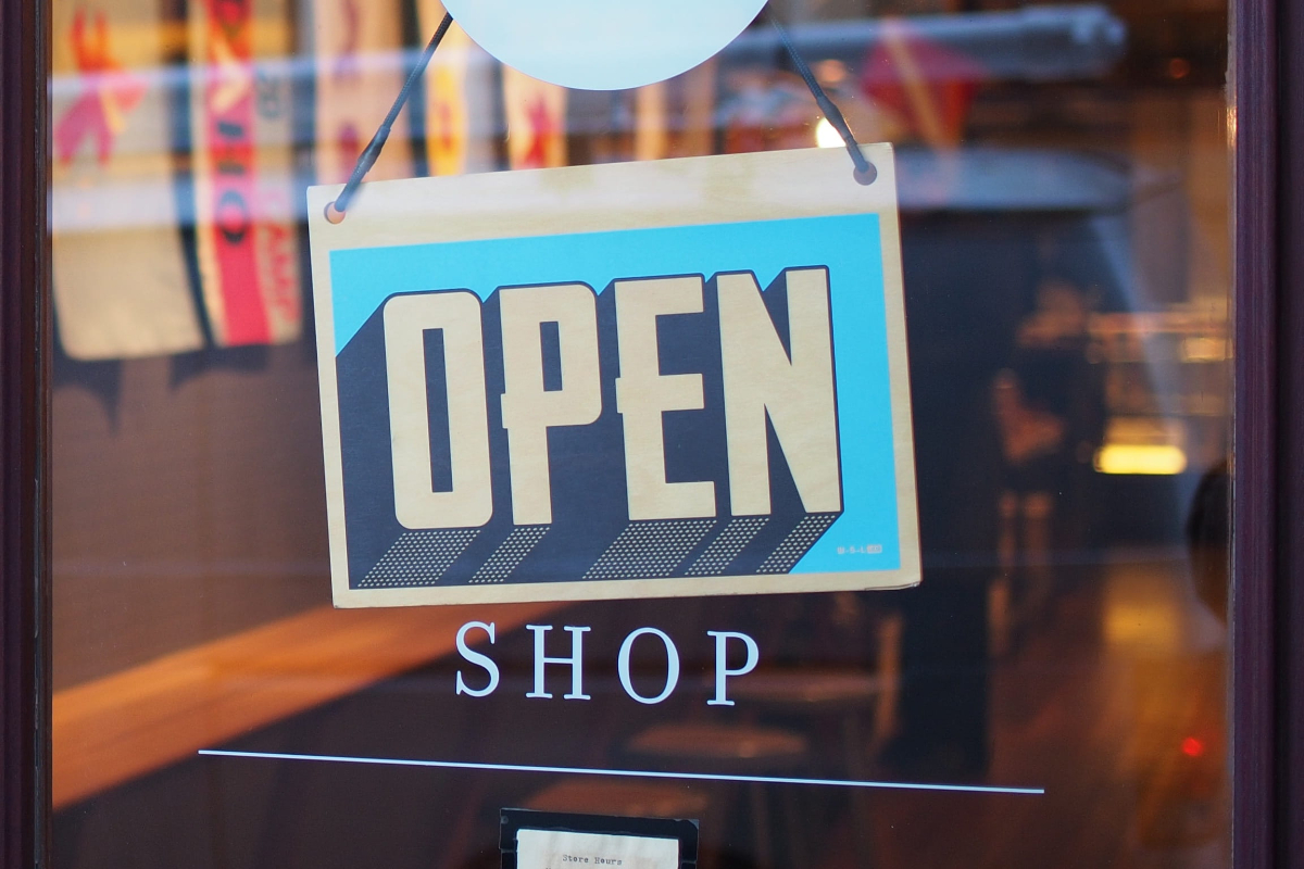 How to Start a Small Business: 15 Tips and Important Steps