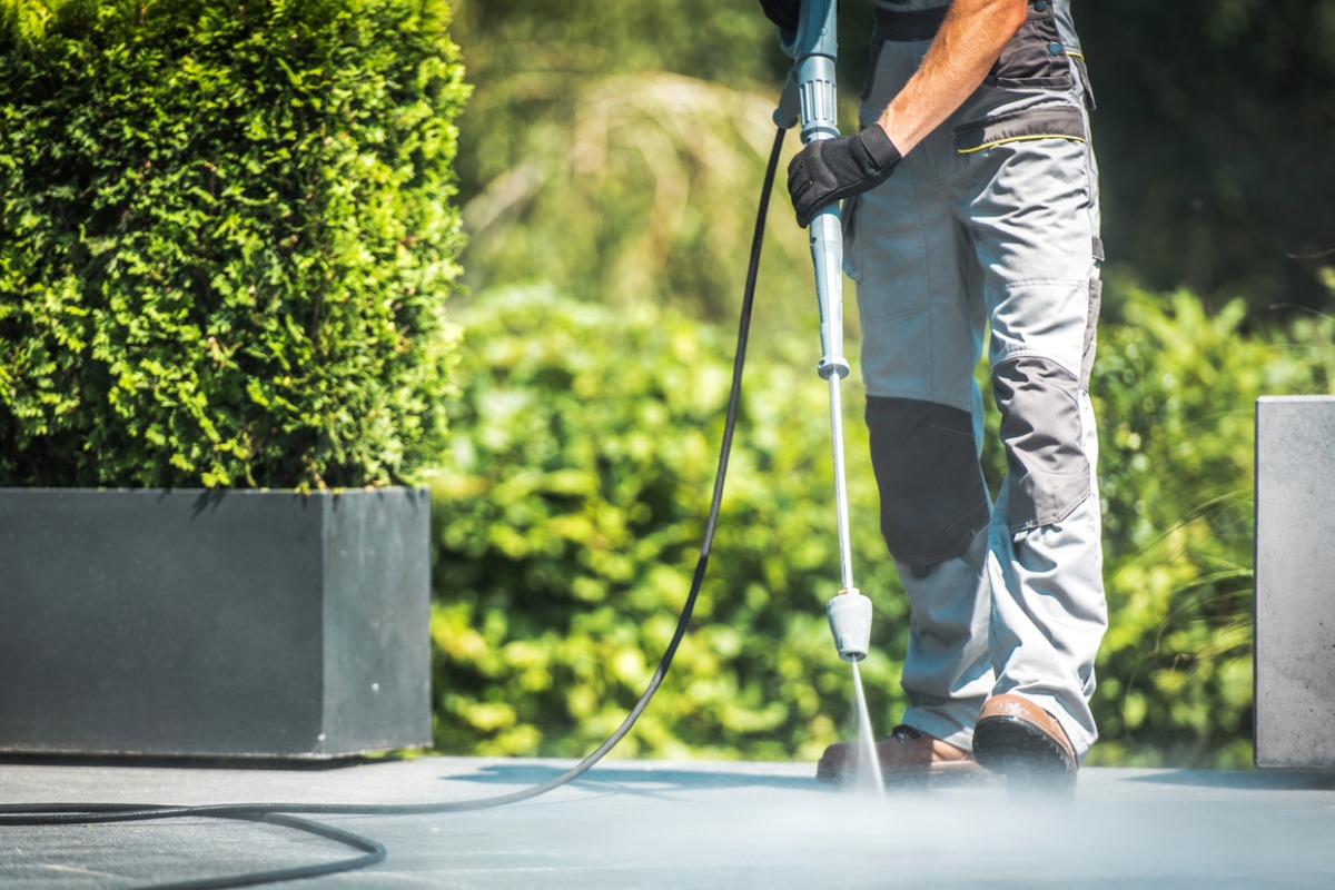 How To Get More Pressure Washing Contracts