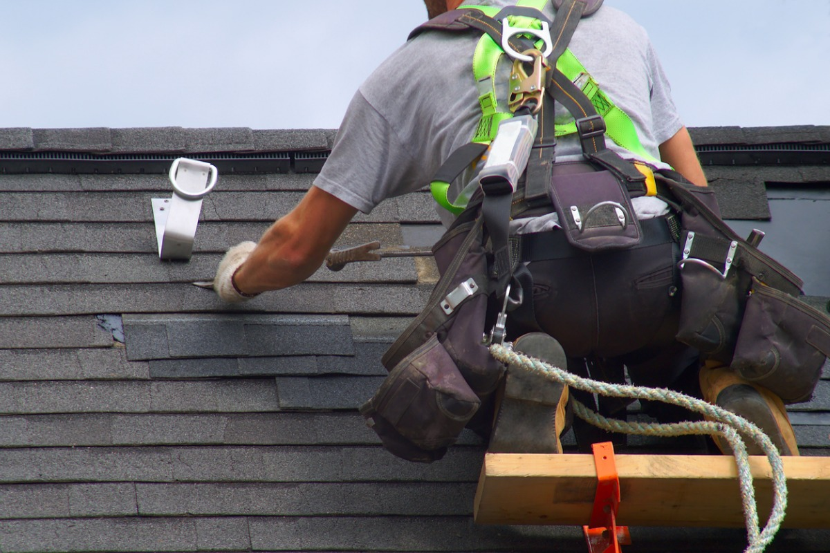 How To Price And Bid Roofing Jobs