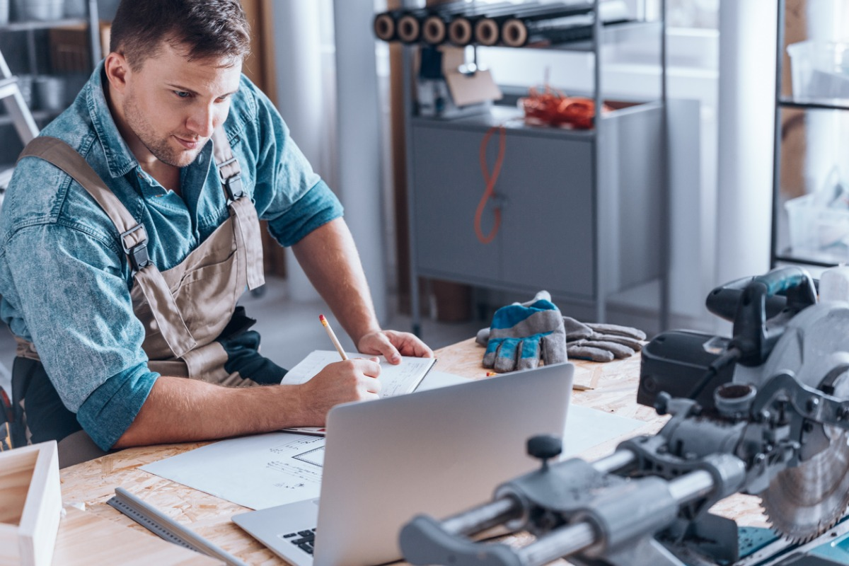 How To Advertise A Handyman Business [7 Steps]